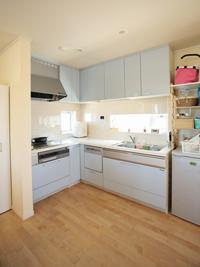 ▲L字型のキッチンは大きくて使いやすい