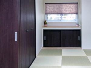 ▲デザイン性のある琉球風畳を採用した和室