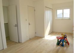 ▲広い2F洋室は、将来間仕切りが可能