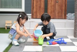 【エネージュ:堺市北区】外観/駐車場/庭