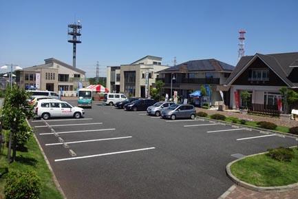ヤマト住建 八王子住宅展示場の駐車場