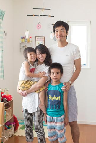 兵庫県西宮市:太陽光発電システム/ご家族