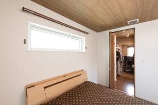 滋賀県彦根市:全館空調 ZEH/寝室