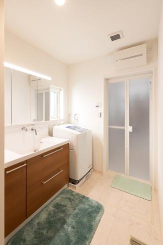 滋賀県彦根市:全館空調 ZEH/洗面室