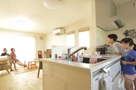 兵庫県加古川市:太陽光発電システム/キッチン