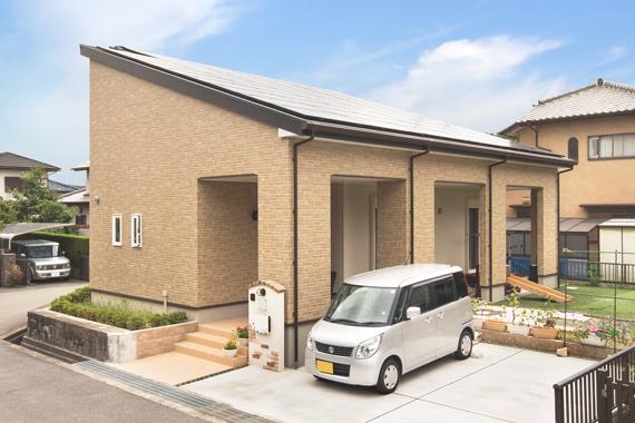兵庫県三田市:太陽光発電システム/外観