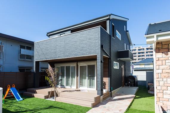 東京都八王子市:太陽光発電システム/外観