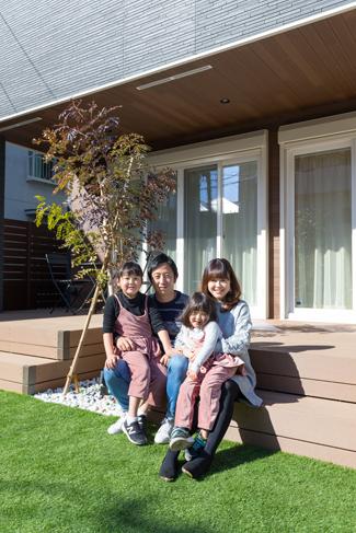 東京都八王子市:太陽光発電システム/ご家族