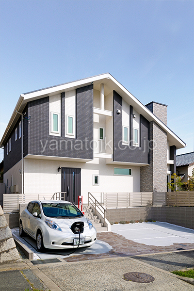 [神戸市北区]ダブル断熱仕様でエアコン1台で全館空調するZEH(ゼロエネルギーハウス)ヤマト住建モデルハウスの電気自動車に貯めた電気を使えるV2H