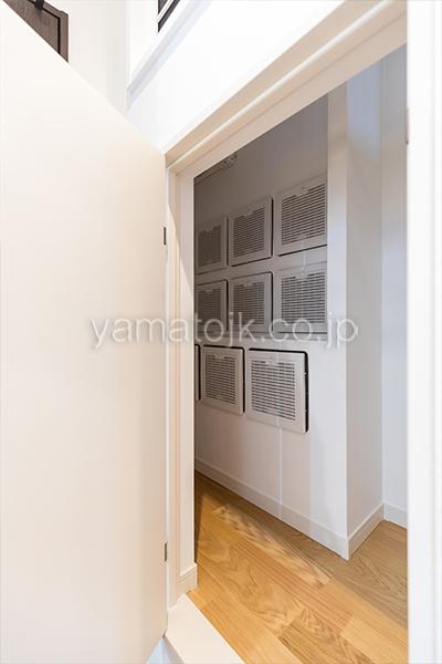 [神奈川県相模原市]ダブル断熱仕様でエアコン1台で全館空調するZEH(ゼロエネルギーハウス)ヤマト住建モデルハウスの全館空調システム空調室