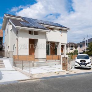 [京都府精華町]ダブル断熱仕様で電気を自給自足するZEH(ゼロエネルギーハウス)ヤマト住建モデルハウスの外観