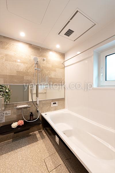 [大阪府泉南郡熊取町]高気密・高断熱でダブル断熱仕様のヤマト住建モデルハウスの浴室